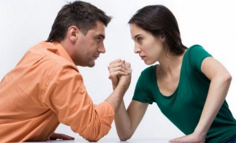 DIVORCIO DE CÓNYUGES EMPRESARIOS